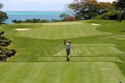ゴルファーの首の痛みはストレッチで予防と改善!再生医療にも注目