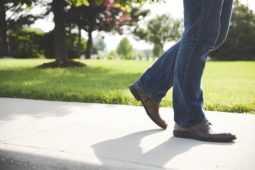 変形性膝関節症の保存療法ではどのような治療をするの?